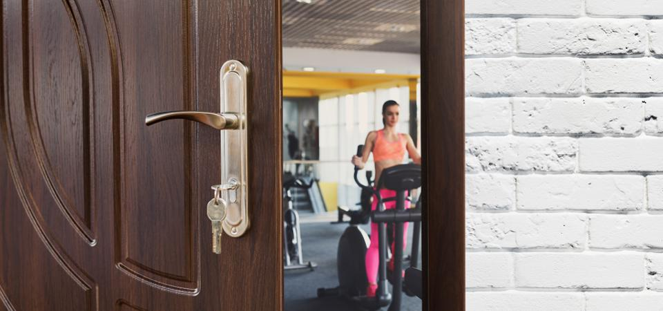 Five Ways To Help You Stick To Your Fitness Routine When Traveling
